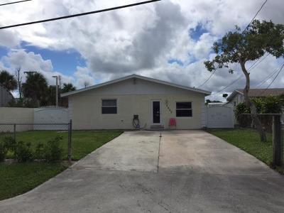 Palm Springs Single Family Home For Sale: 3050 Floweva Street