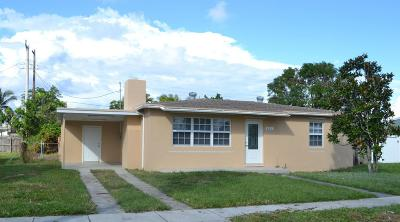 West Palm Beach Single Family Home Contingent: 621 Dogwood Road
