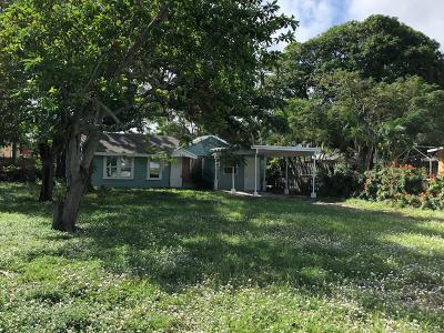 West Palm Beach Single Family Home For Sale: 728 Talladega Street