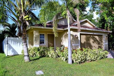 Delray Beach Single Family Home For Sale: 422 Lucky Lane