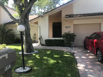 Lake Worth Single Family Home For Sale: 6997 Quince Lane