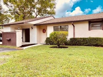 Royal Palm Beach Single Family Home For Sale: 82 Westecunk Drive