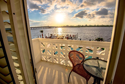 Palm Beach Condo For Sale: 2840 S Ocean Boulevard #304