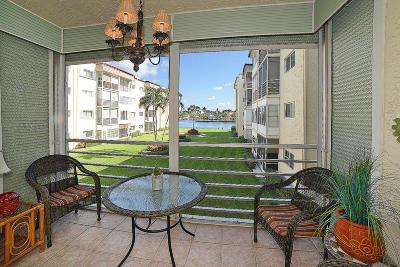 Boynton Beach Condo For Sale: 646 Snug Harbor Drive #H 208