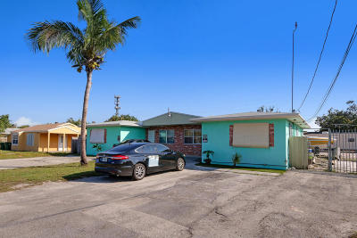 Palm Springs Multi Family Home For Sale: 1658 Lone Pine Way