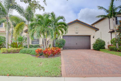 Delray Beach Single Family Home For Sale: 16807 Bridge Crossing Circle