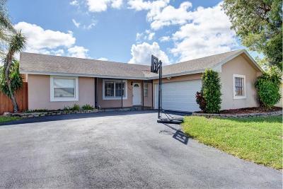 Boca Raton Single Family Home For Sale: 9570 Ohio Place