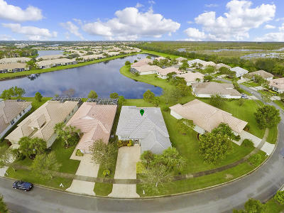 West Palm Beach Single Family Home For Sale: 2375 Sailfish Cove Drive