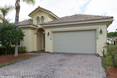 West Palm Beach Single Family Home For Sale: 3089 Breakwater Court