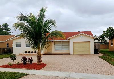 Boca Raton Single Family Home For Sale: 22767 SW 54th Way