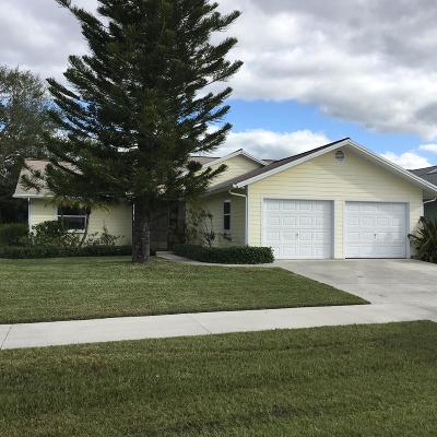 Stuart Single Family Home For Sale: 4225 SE Tamarind Street