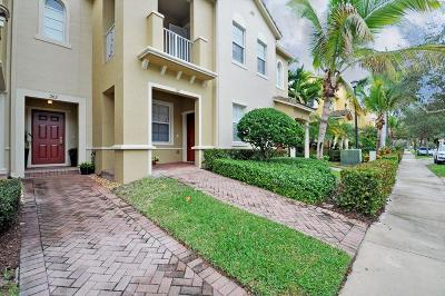 Townhouse For Sale: 121 Seagrape Drive #202