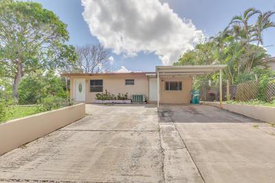 Boynton Beach Single Family Home For Sale: 360 Palm Drive