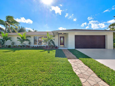 Singer Island Single Family Home For Sale: 1161 Singer Drive