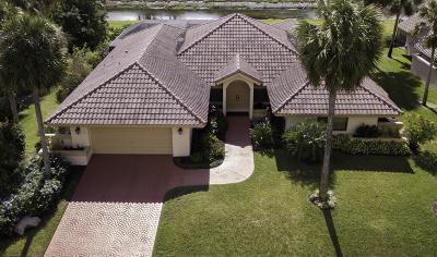 Boca Raton Single Family Home For Sale: 7118 Montrico Drive