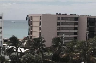 Palm Beach Condo For Sale: 3589 S Ocean Boulevard #L32