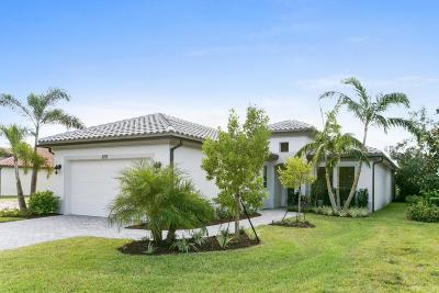 West Palm Beach Single Family Home For Sale: 6713 Sparrow Hawk Drive
