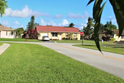 Boca Raton Single Family Home For Sale: 19560 Carolina Circle