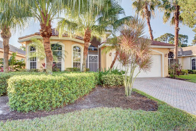 Lake Worth Single Family Home For Sale: 5598 S Fountains Drive S