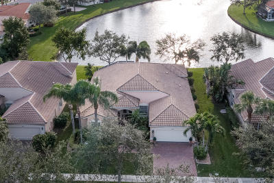 Boynton Beach Single Family Home For Sale: 12247 Oakvista Drive