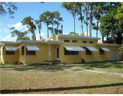 West Palm Beach Single Family Home For Sale: 1855 Haverhill Road