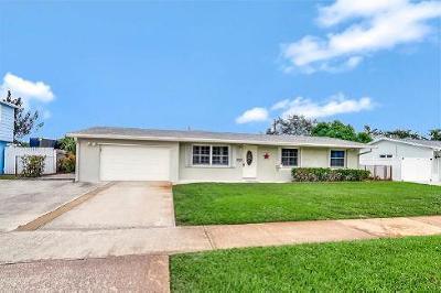 North Palm Beach Single Family Home Contingent: 729 Cinnamon Road
