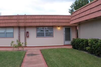 Delray Beach Single Family Home For Sale: 26 Valencia B