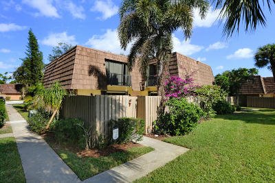 Palm Beach Gardens Townhouse Contingent: 808 8th Court