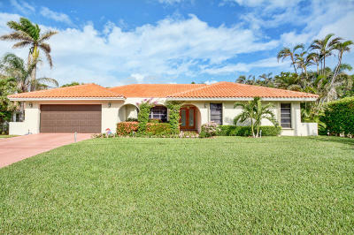 Broward County, Palm Beach County Single Family Home For Sale: 32 Harbour Drive