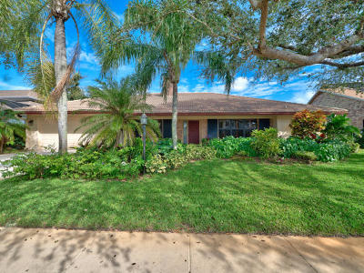 Palm Beach Gardens Single Family Home Contingent: 12880 La Rochelle Circle