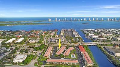 North Palm Beach Condo For Sale: 419 Us-1 #205