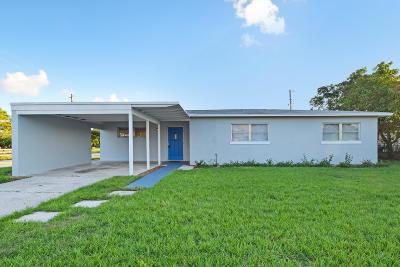 Lantana Single Family Home For Sale: 1300 Date Palm Drive