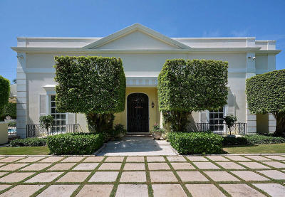 Palm Beach Single Family Home For Sale: 665 Lake Way