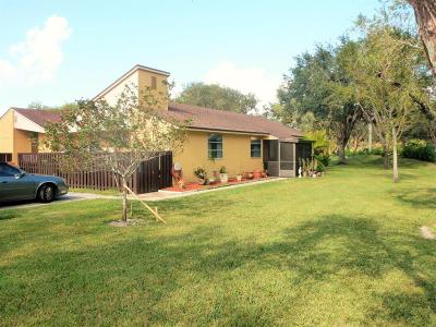 Boca Raton Single Family Home For Sale: 11461 Orange Blossom Lane