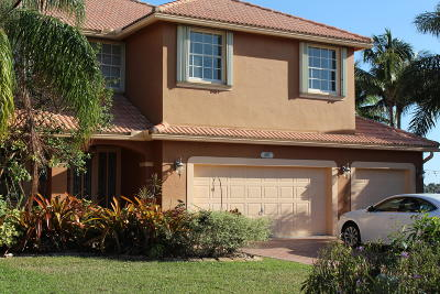 Pembroke Pines Single Family Home For Sale: 697 SW 168th Terrace