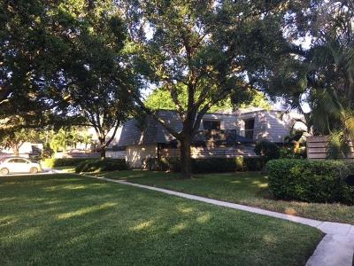 Palm Beach Gardens Townhouse For Sale: 1520 15th Terrace