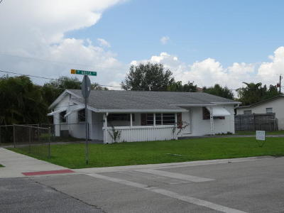 Palm City Single Family Home For Sale: 3346 SW Areca Drive