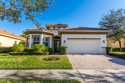 Port Saint Lucie Single Family Home For Sale: 9688 SW Nuova Way