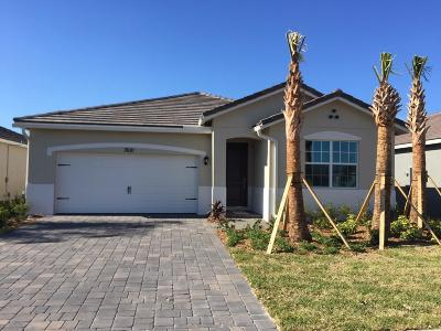 Stuart Single Family Home For Sale: 7681 SW Harbor Cove Drive