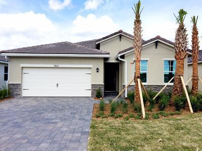 Stuart Single Family Home For Sale: 7651 SW Harbor Cove Drive