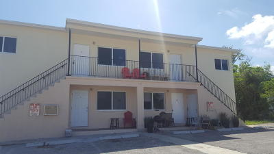 Riviera Beach Multi Family Home For Sale: 1433 W 31st Street