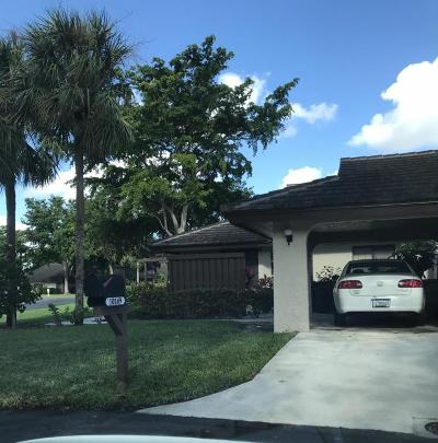 Banyan Springs Single Family Home For Sale: 10149 Chestwood Road
