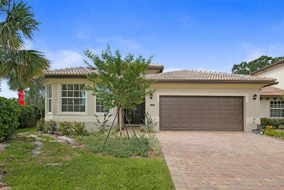 Single Family Home For Sale: 7010 Limestone Cay Road