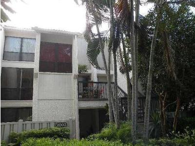 Boca Raton Condo For Sale: 2005 Bridgewood Drive