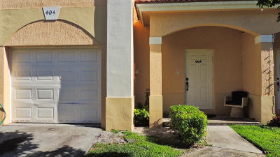 Palm Springs Townhouse For Sale: 904 Talia Circle