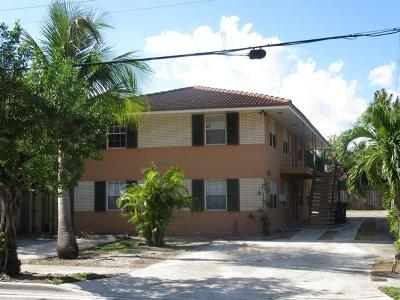 West Palm Beach Multi Family Home For Sale: 4905 Flagler Drive #1-4