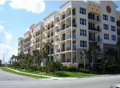 Deerfield Beach Condo For Sale: 191 SE 20th Avenue #614