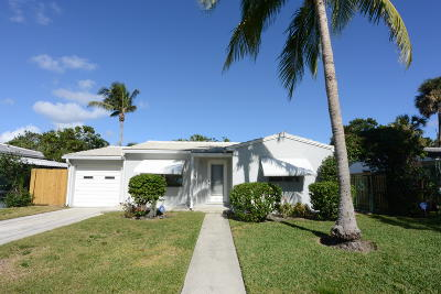 West Palm Beach Single Family Home For Sale: 241 Pilgrim Road