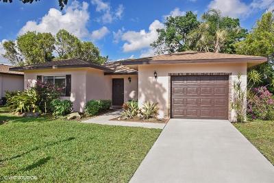 Delray Beach Single Family Home For Sale: 14656 Bonaire Boulevard #1