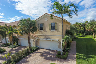 Palm Beach Gardens Townhouse For Sale: 5015 Dulce Court